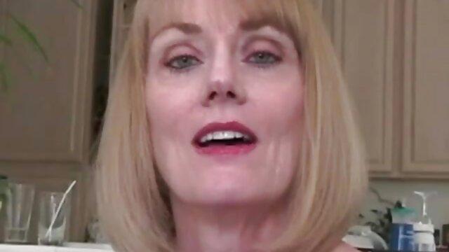 Doris kostenlose sexvideos amateure Hündchen 2
