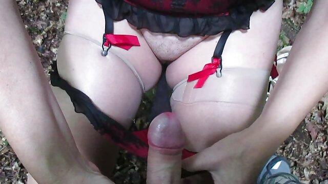 ZWEI SCHWARZE HAHN EIN WILDER PUSSY CHICK HARD SEX deutscher privater sexfilm - JP SPL