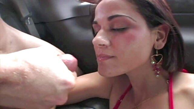 Rauchende MILF mit Big Tits Stars in deutsche amateur pornofilme der Hardcore-Sexszene